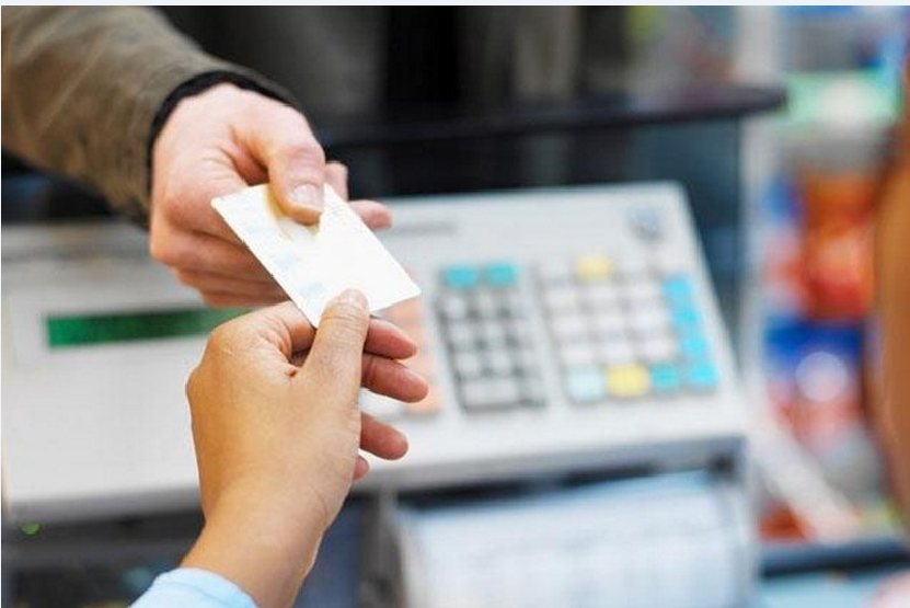 Как пользоваться карточкой в банкомате